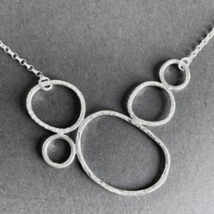 Silver organic loop necklace